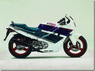 CBR_600F_1990